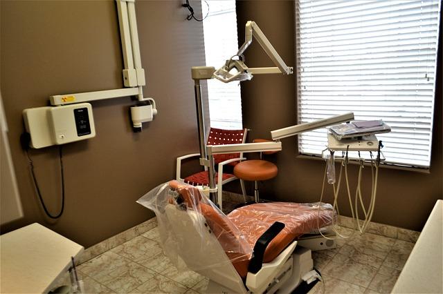 ile zarabia ortodonta